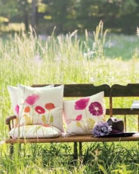 poppies-arrangement1a008-0511mld105934_vert