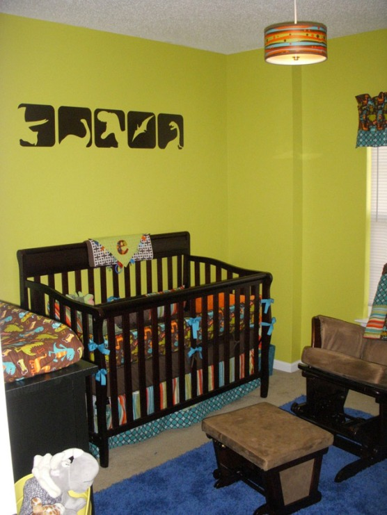 Cheerful-dino-nursery-decor