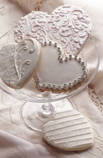 20-Pure-White-Wedding-Décor-Ideas-for-Romantic-Wedding-4