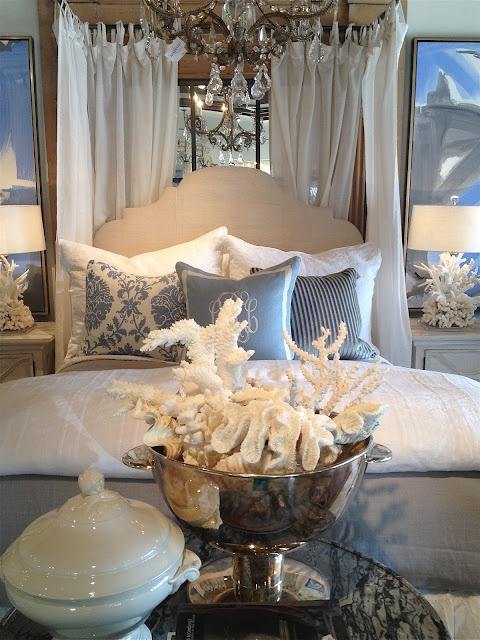 beautiful-beach-and-sea-inspired-bedroom-designs-19