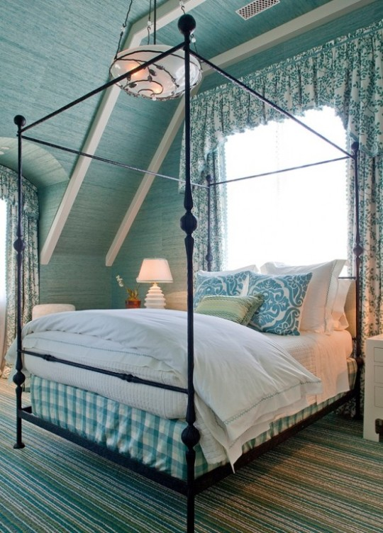 beautiful-beach-and-sea-inspired-bedroom-designs-42-554x772