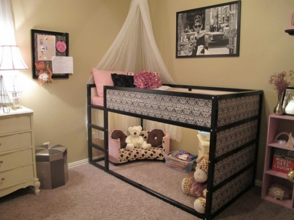 1-nursery-girls-bedroom-6-700x525