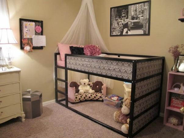 1-nursery-girls-bedroom-6-700x525
