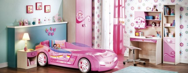 2-little-girls-bedroom-2-1-700x272