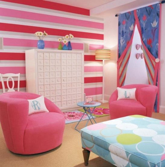 4-teen-girls-bedroom-2-700x709