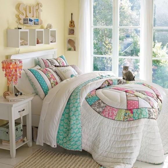 4-teen-girls-bedroom-27-700x700