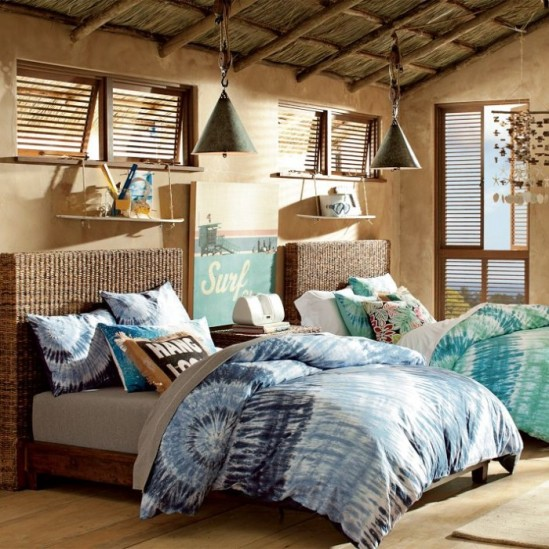 4-teen-girls-bedroom-31-700x700