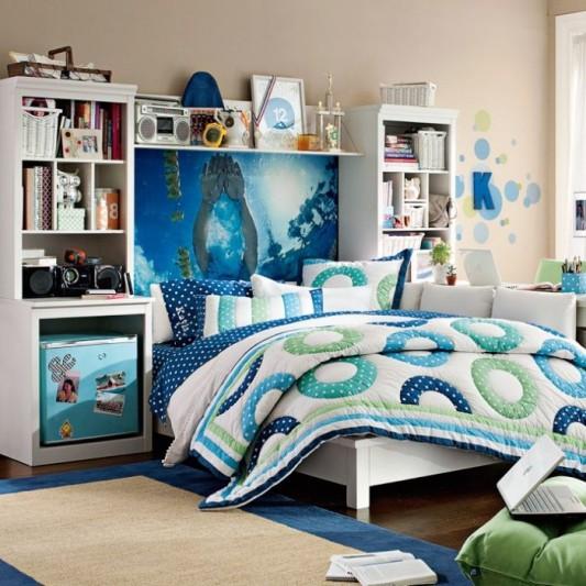 4-teen-girls-bedroom-32-700x700