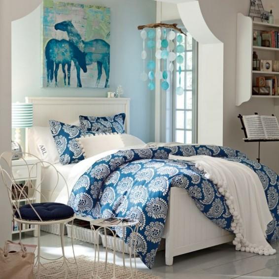 4-teen-girls-bedroom-35-700x700