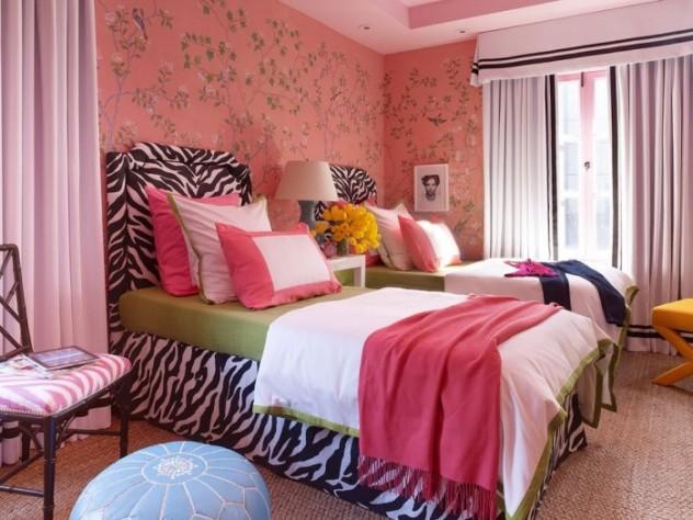 4-teen-girls-bedroom-44-700x525