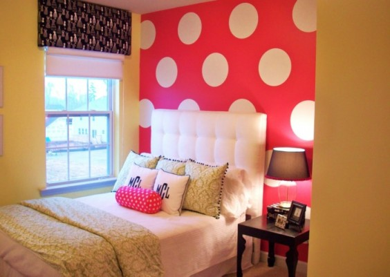 4-teen-girls-bedroom-47-700x498