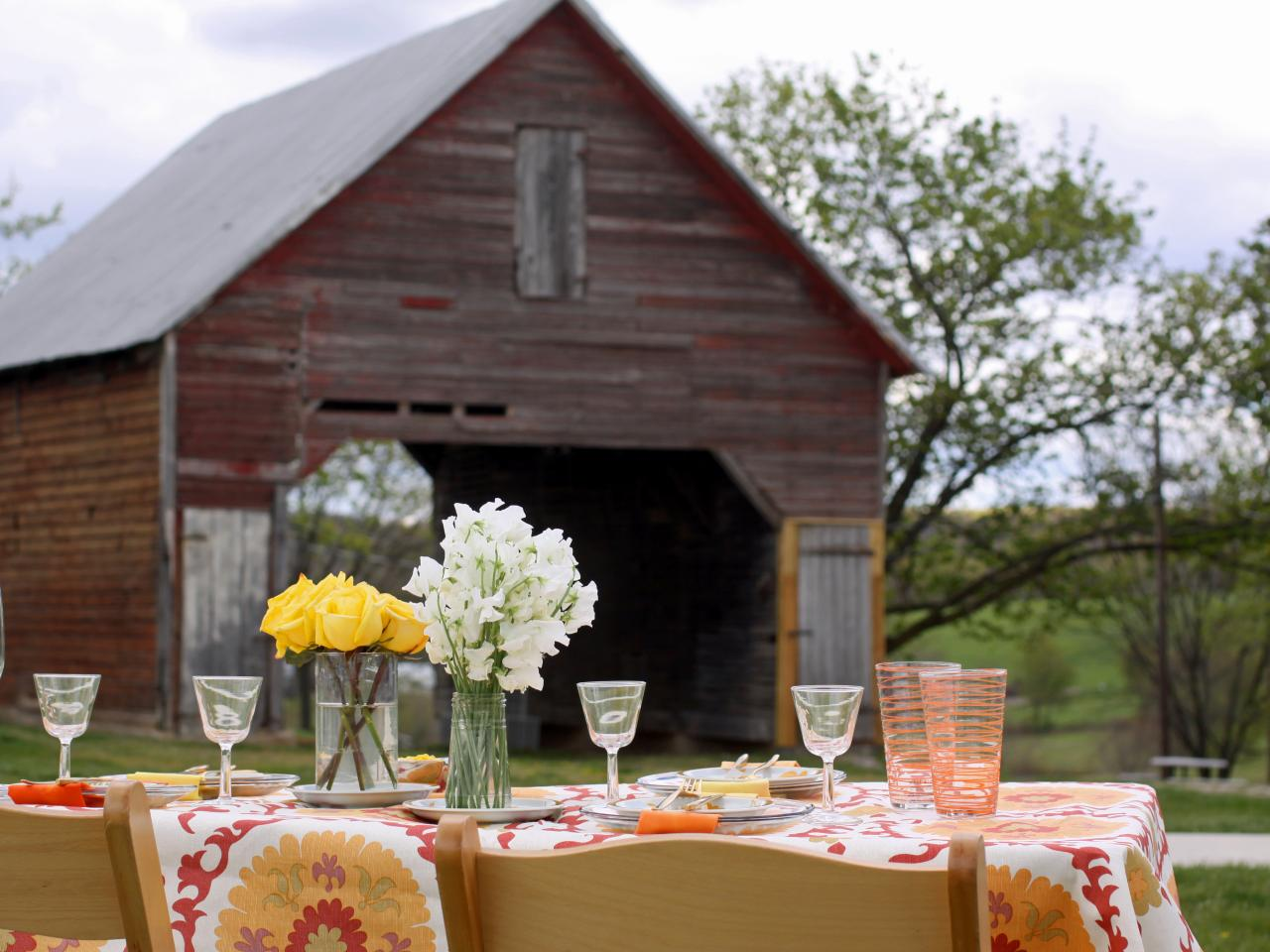 How To Decorate Your Outdoor Wedding: COOL IDEAS FOR SUMMER STYLE HOME DECOR